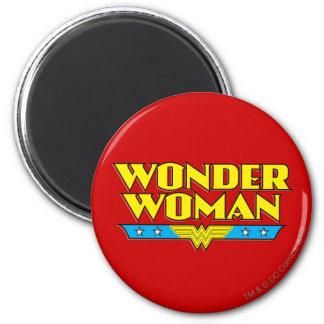 Nombre y logotipo de la Mujer Maravilla Imán Redondo 5 Cm