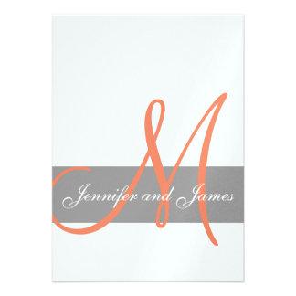 Nombres anaranjados grises del monograma de la inv invitaciones personales
