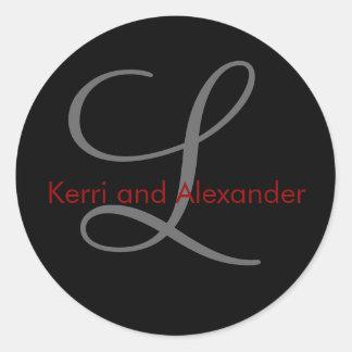 Nombres y monograma inicial L negro y rojo del Pegatina Redonda
