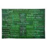 Nombres y títulos de Jesús con la cruz verde Manteles
