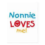 Nonnie me ama las camisetas y los regalos postales