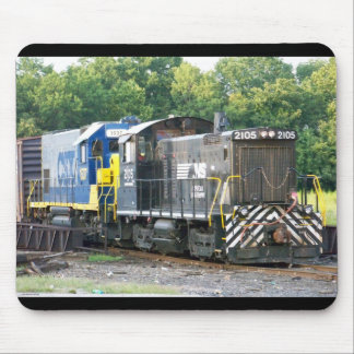 Norfolk Southern SW- 1001 2105 & CSX 1537 Mouse Pad
