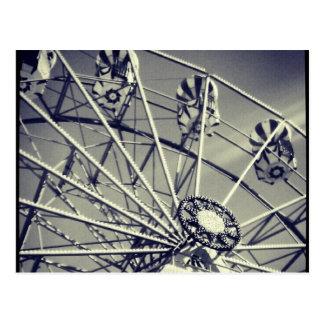 Noria blanco y negro tarjetas postales