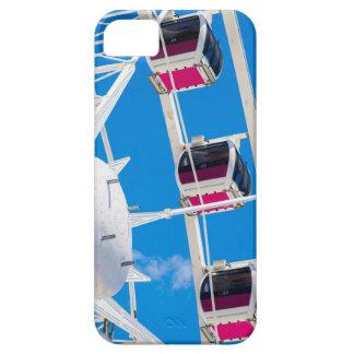 Noria con el cielo azul iPhone 5 fundas