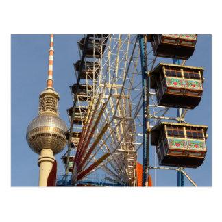 Noria con la torre de Berlín TV, Alex, Alemania Tarjeta Postal