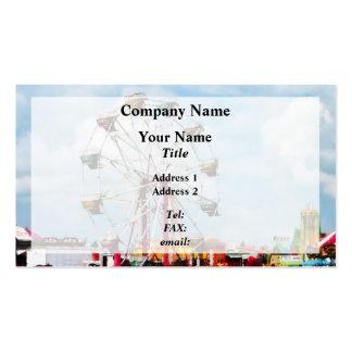 Noria contra el cielo azul plantilla de tarjeta de negocio