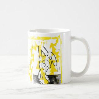 Normando la taza de café del conejito (amarillo)