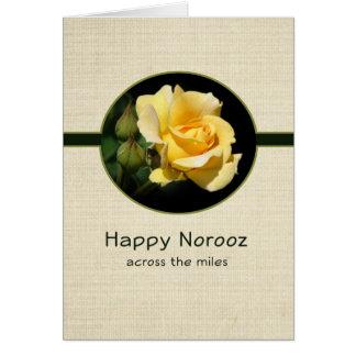 Norooz feliz a través de las millas con el rosa am felicitación