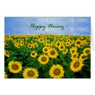 Norooz feliz, girasoles en el campo tarjeta de felicitación