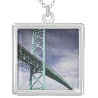 Norteamérica, CANADÁ, Ontario, Windsor: Colgante Personalizado