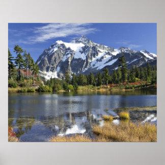 Norteamérica, Washington, cascadas. Mt. Shuksan Póster