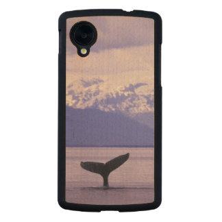 North America, USA, Alaska, Inside Passage. Carved® Maple Nexus 5 Case
