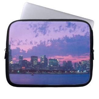 North America, USA, IL. Chicago skyline at dusk Computer Sleeve
