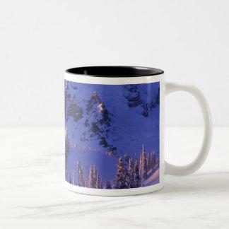 North America, USA, Washington, Mt. Rainier 5 Mugs