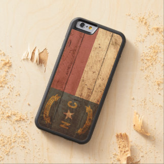 North Carolina State Flag on Old Wood Grain Carved® Maple iPhone 6 Bumper