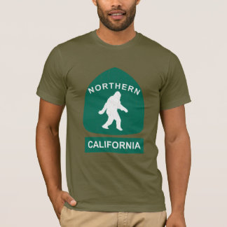 Northern California Bigfoot Sign (vintage look) T-Shirt