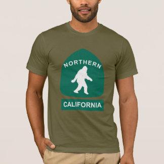 Northern California Bigfoot Sign (vintage look) T-Shirt