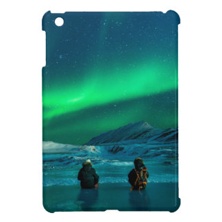 Northern lights green landscape couple cover for the iPad mini