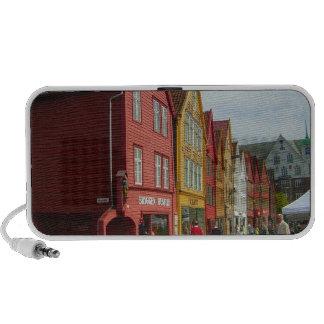 Noruega Bergen casas pintadas en la costa Laptop Altavoces