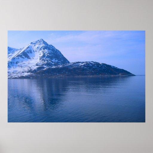 Noruega, entrada a un fiordo póster
