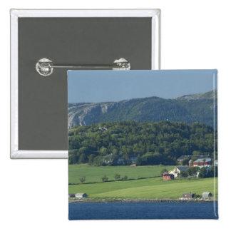 Noruega, Trondheimsforden, Strondheim. Típico Pin