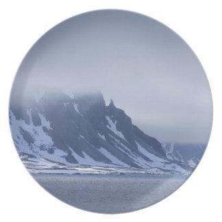 Norway, Arctic Circle, North Atlantic Ocean. Dinner Plate