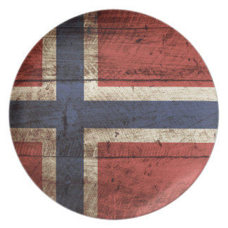 Norway Flag on Old Wood Grain Party Plate