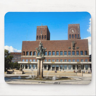 Norway,  Oslo, Statues fountain and City Hall Mouse Pad
