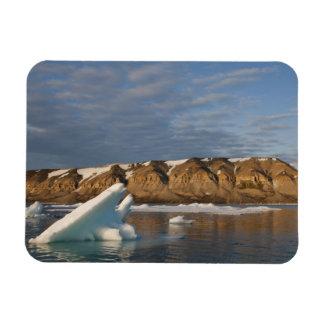Norway, Svalbard, Spitsbergen Island, Setting Magnet