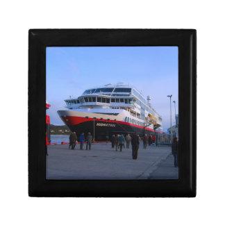 Norwegian cruise ship gift boxes