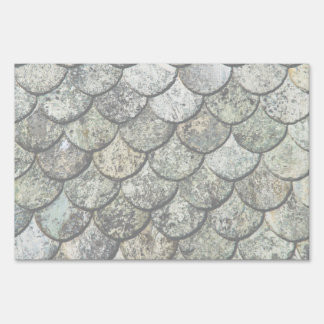 Norwegian Fish Scale Pattern Slate Roof Lawn Sign