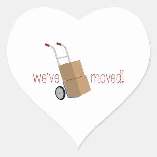 ¡Nos hemos movido! Pegatina En Forma De Corazón