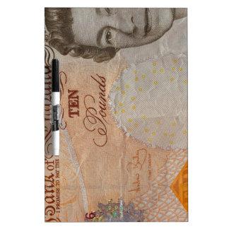 nota £10 tablero blanco