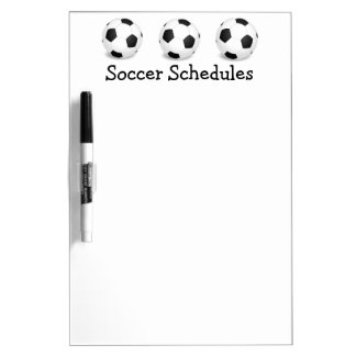 Nota del horario del juego de pelota del fútbol pizarra blanca