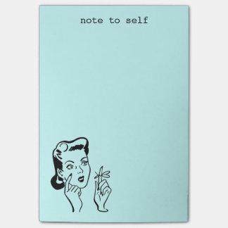 Nota retra divertida de la mujer de la aguamarina post-it notas