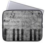 Notas antiguas frescas de la música del piano del  fundas ordendadores