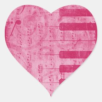 Notas antiguas frescas de la música del piano del pegatina en forma de corazón
