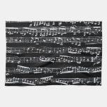 Notas blancos y negros de la música toallas de cocina