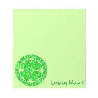 Notas célticas afortunadas de encargo del trébol d libretas para notas
