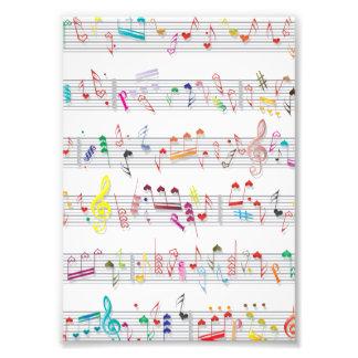 Notas coloridas de la partitura cojinete