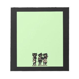 Notas de la música de los gatos negros del músico  blocs de notas