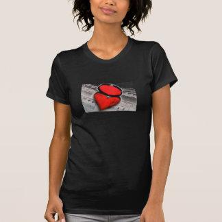 notas de la música del corazón t shirts