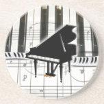 Notas del teclado y de la música de piano de cola posavaso para bebida