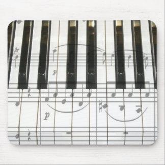 Notas del teclado y de la música de piano alfombrillas de ratones