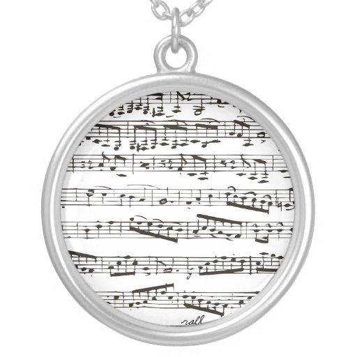 Notas musicales blancos y negros colgante redondo