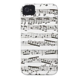 Notas musicales blancos y negros funda para iPhone 4 de Case-Mate