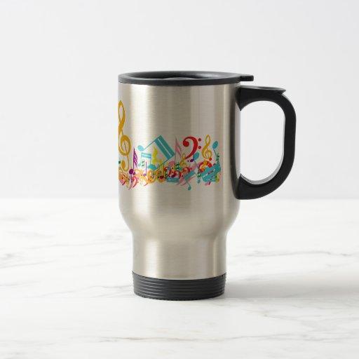Notas musicales coloridas tazas de café