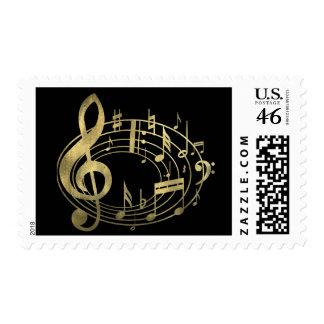 Notas musicales de oro en forma oval