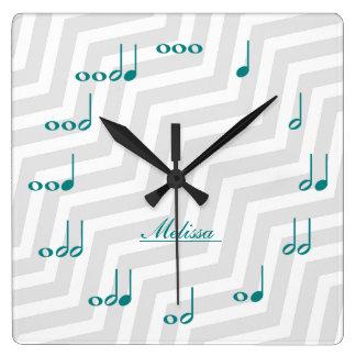 Notas personalizadas de la música - azul y gris reloj cuadrado