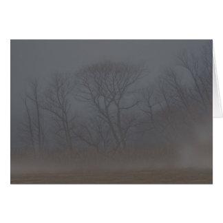 Notecard muy de niebla de la mañana